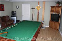 Gaming Room - Billiards, TV and DVD, Nintendo, Stereo, Bar Fridge, Washroom, Games