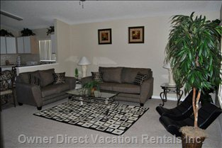 Family Room - Family Room with 40-inch Lcd Flat Screen TV.