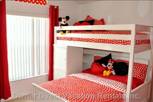 Kids Bunk with Mickey and Minnie ...