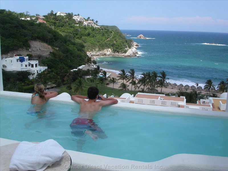 Private Splash Pool on the Balcony with a View of the Tangolunda Bay