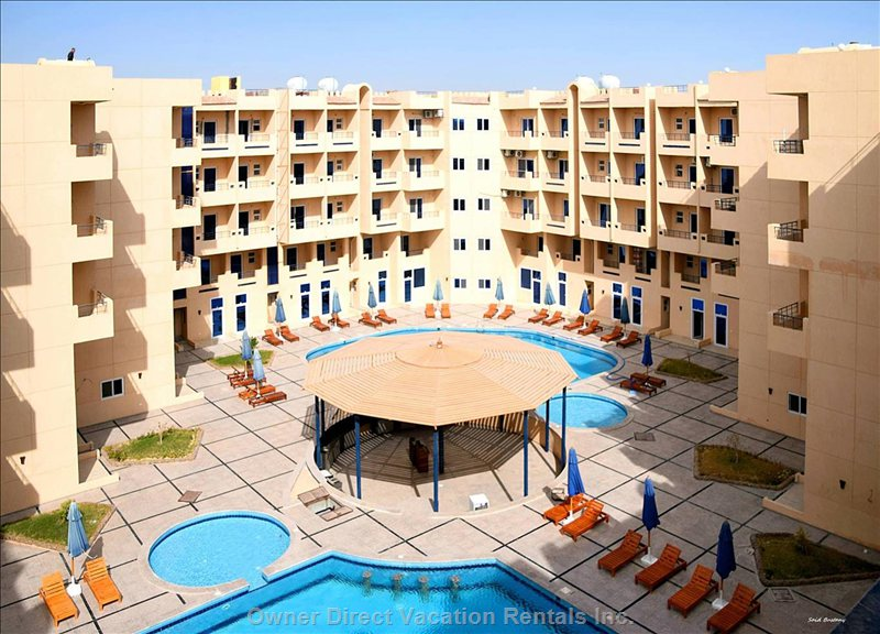 Tiba Resort in Hurghada. Only a few Minutes Drive from Bustling El Gouna