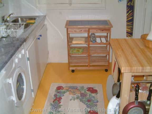 Washer/Dryer, Cookware, Coffee Machine