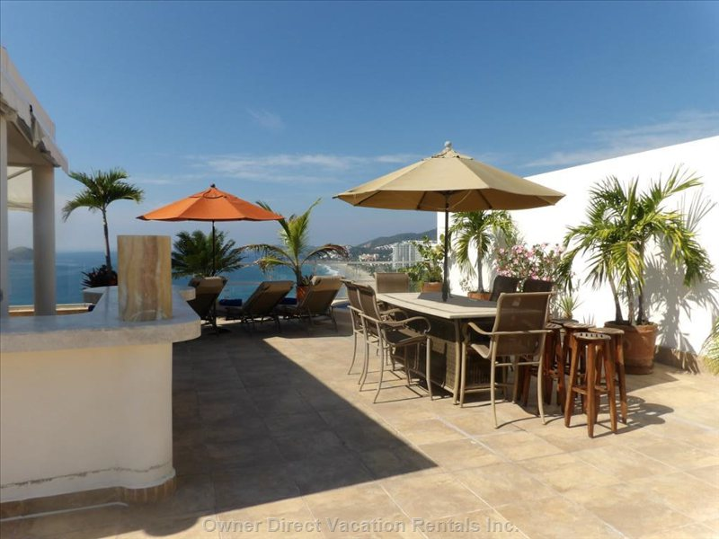 Top of Penthouse- Bbq, Patio Set, Jacuzzi and Incredible View