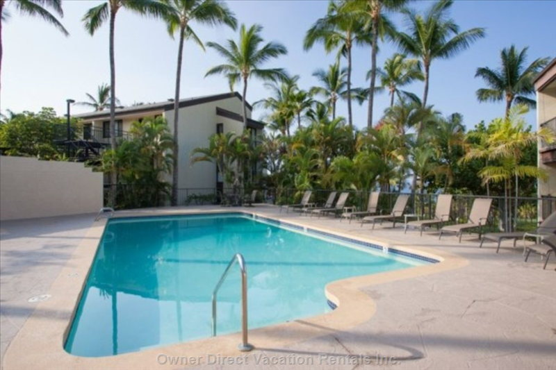 Pool Only a few Steps Away from Condo