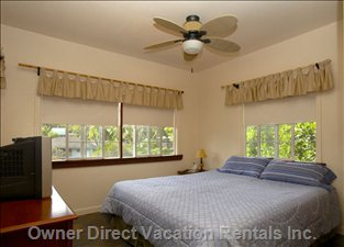 Master Bedroom with Private Access to Lanai!