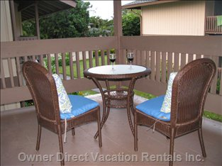 Studio Lanai with Table and Chairs