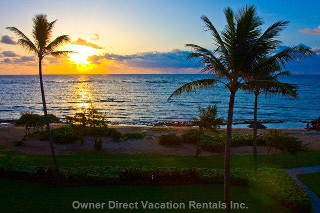 Spectacular Waipouli Beach Resort Direct Whitewater Oceanfront Condo - Kauai Vacation Rental, ID#201231
