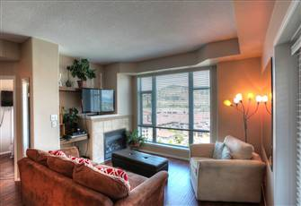 Cozy, Family Friendly Condo in the Heart of Downtown - Just Steps to the Beach