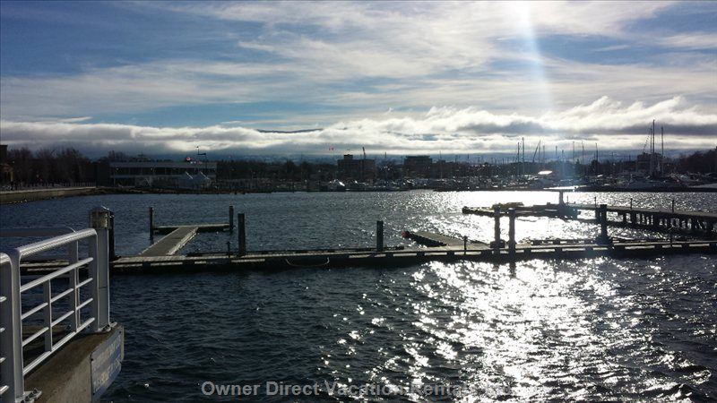 Kelowna Yacht Club Harbour Downtown
