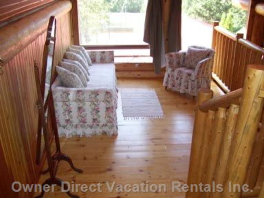 Upstairs Loft/Sitting Area