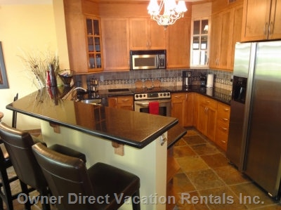 Kitchen with Ss Appliances and Granite Counters