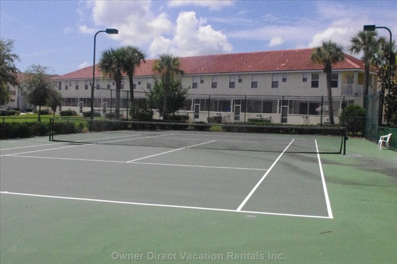 Tennis Courts in Resort