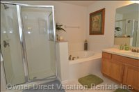 Master King - Private Bath, Walk in Shower, Jetted Tub