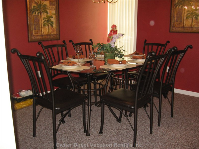 Dining Room - Warm and Cozy