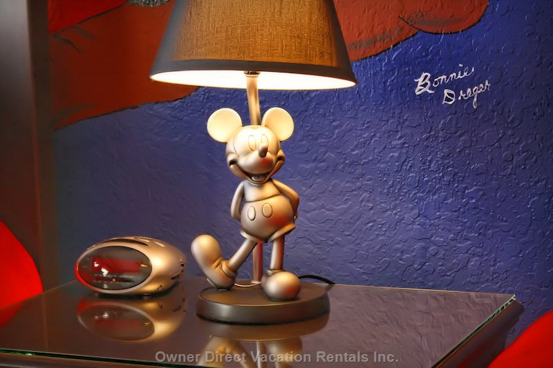 Disney Room - Beautiful Pewter Lamp