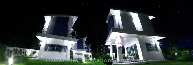 A Night View of the Back of the Villas