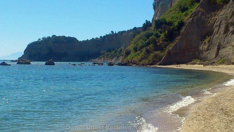 Agia Triada Beach (South Part) 10 Minutes Walk from the House