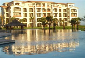 Ground Floor Beachfront 2 Bedroom Luxury Condo. Golf Resort Paraiso Del Mar.