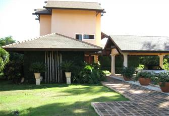 "Villa in ""Casadecampo"": Charming, Comfortable, Close to Beach, Hotel and Marina"