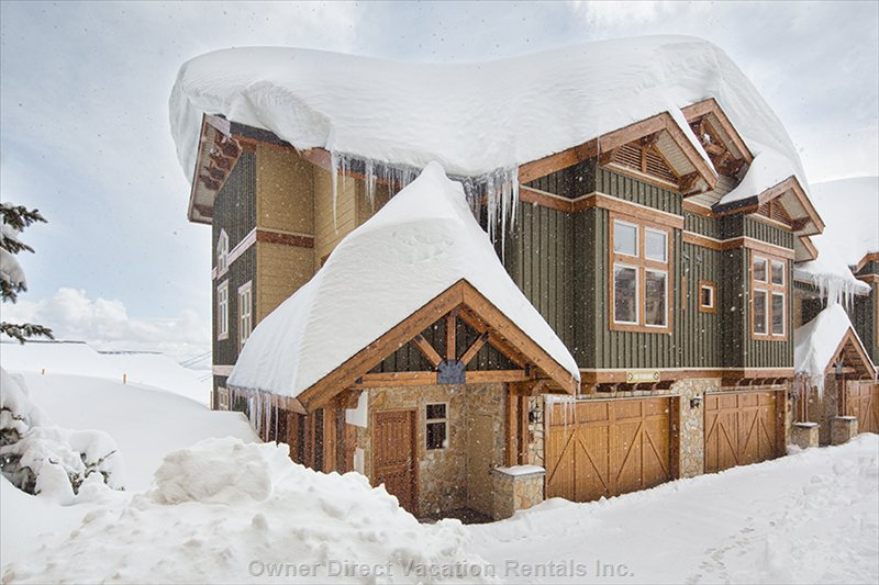 Perfectly Located and Ski-in/Ski-out at Big White #56559