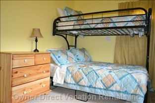 Comfy 2nd Bedroom - Spacious 2nd Bedroom Where 3 Can Sleep in Comfort