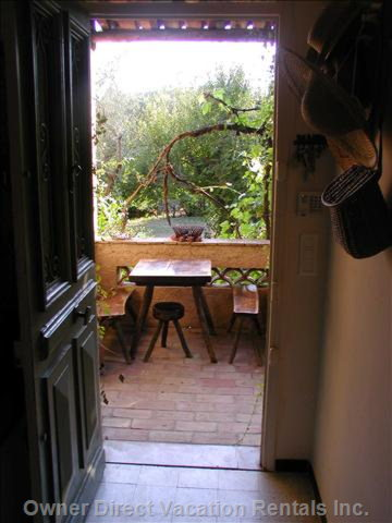 Small Terrace - Ideal for Breakfast