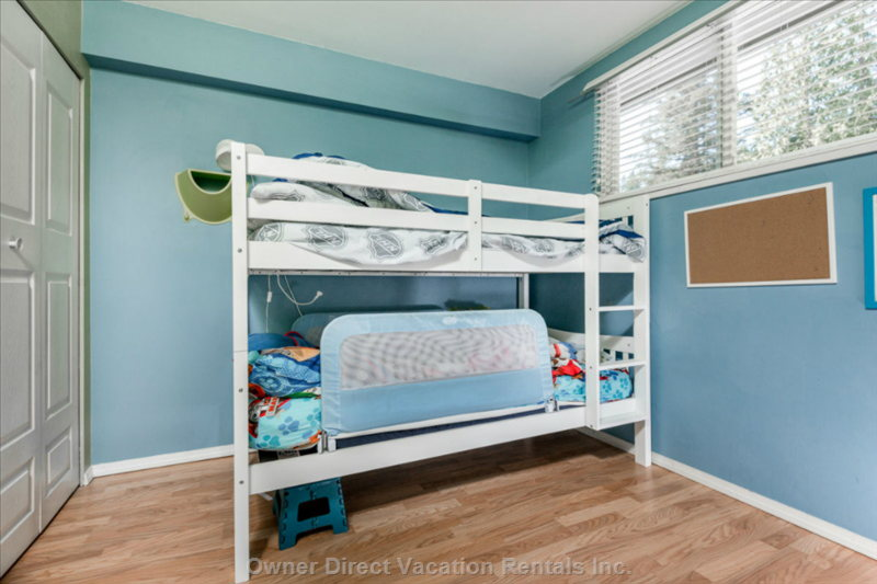 Bedroom - Kids Bunk Can Go Side by Side