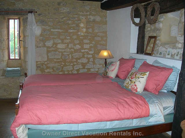 Downstairs Twin Room has Very Comfortable Beds,Quality Linens, Seating Area