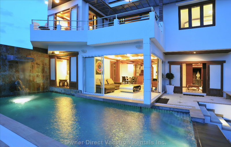 Pool, Lounge and Master Bedroom