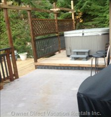 Hot Tub on Outside Deck