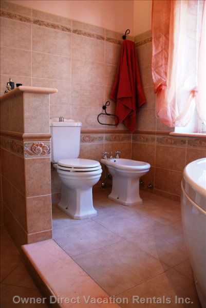 Bathroom - Bathroom Upstairs