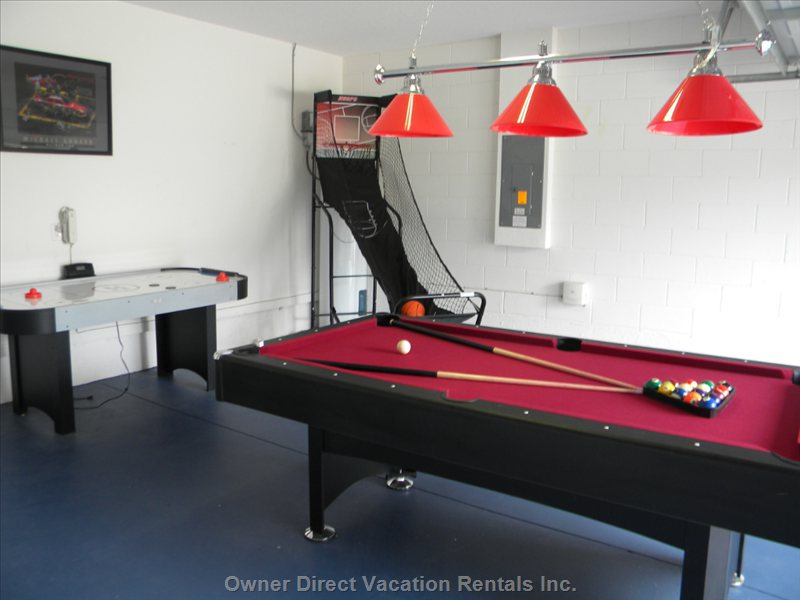 The Games Room,with Pool,Air Hockey,Basket Ball and Darts