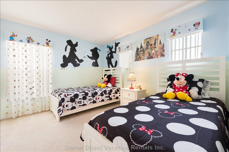 Minnie and Mickey Themed Room