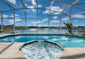 Luxury 5br - 4 Bath Villa with Private Pool & Spectacular Lake View & Games Room