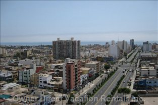 Panoramic View (Brasil Ave.) - the Pacific Ocean is a Walking Distance of 10 Blocks from the Apartment.