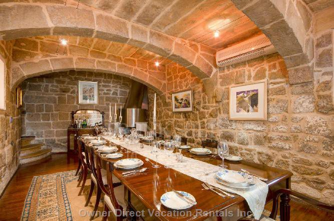 Malta vacation rental owner direct for Formal dining area