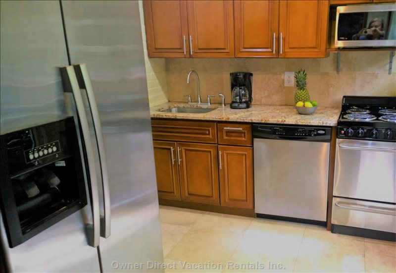 Cook Meals Or Snacks Whenever you are Hungry in a Remodeled Kitchern with Full Size Appliances