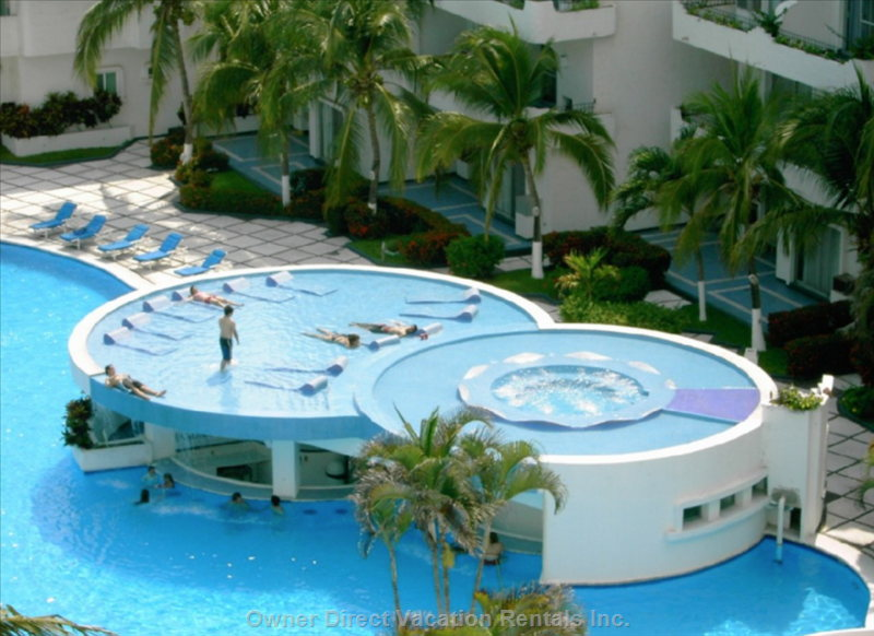 Enjoy this Tanning and Jacuzzi Area Located above the Restaurant and Swim up Bar.