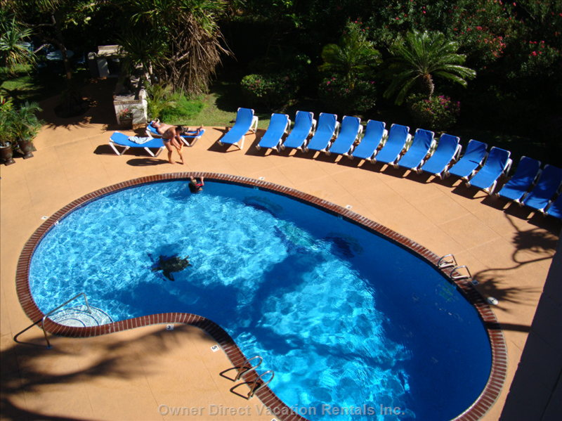 Relax in our Heated Pool - Nice and Warm