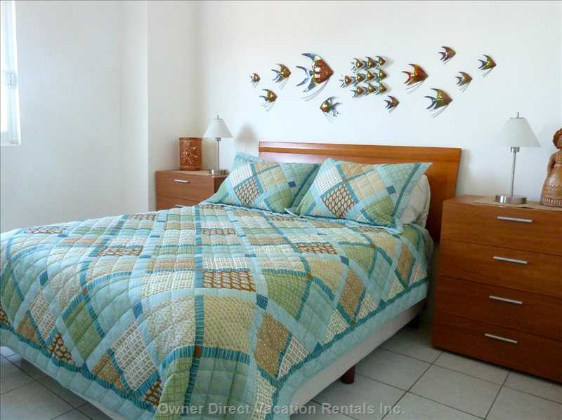 Third Bedroom, Queen Bed - the Fish Room