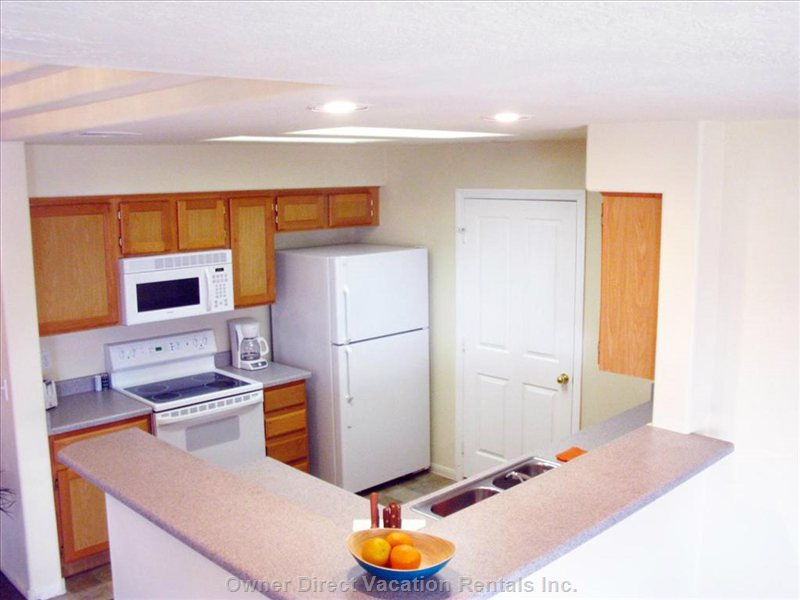 Full-Function Kitchen, Modern Appliances, Water Purifier