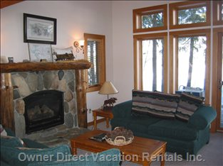 LR View - View from Living Room out to the Meadow, to Watch Wildlife Or your Family Skiing on the Xcountry Ski Trail in the Winter