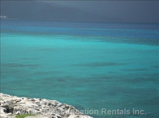Blue Waters Just for you 7min Away by Car