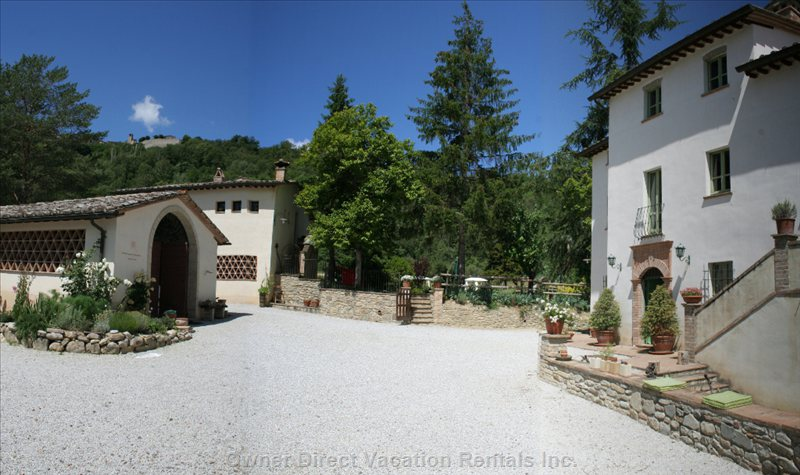 View from the Property'S Small Piazza Towards Medieval Montone - Voted one of Italy´S most Beautiful Hamlets