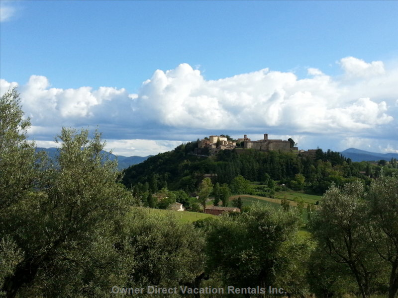 Montone, the Village, is a 5 Minute Drive Away from the Country House.