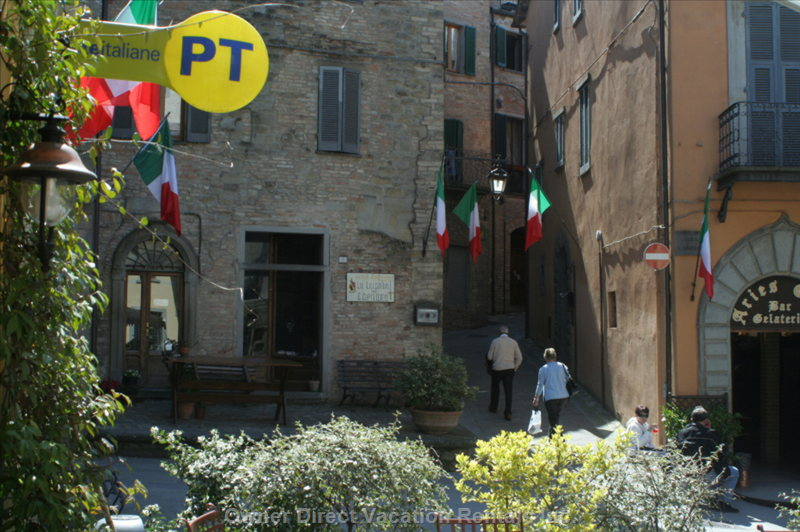 Montone - the Main Piazza with the Post Office, Bar, Restaurant - and Friendly Locals
