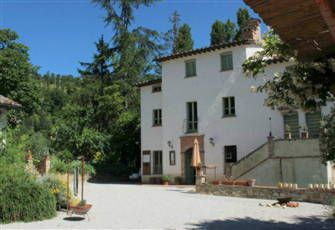 Countryhouse in the Heart of Renaissance Italy