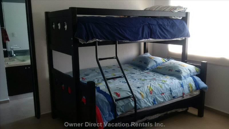 3rd Br. 2 Full Beds (Upper Bunk & Roll out Bed) + Twin Bed. Minisplit