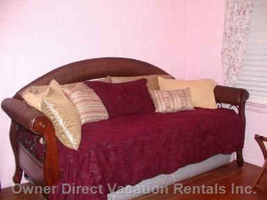 Pink Room Siagon Daybed.