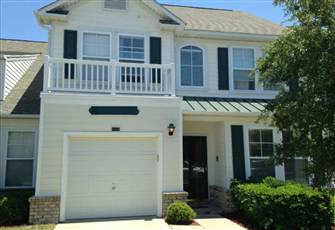 Beautiful Modern Townhome in Great Location with Two Full Master Suites & Lanai
